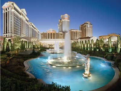 The Best Las Vegas Hotel Wedding Packages