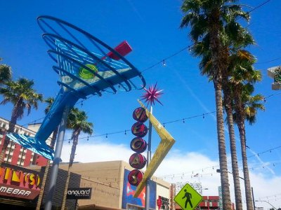 Fremont Street History Walking Tour in Downtown Las Vegas