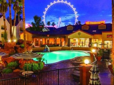 holiday-inn-club-vacations-at-desert-club-resort-in-las-vegas