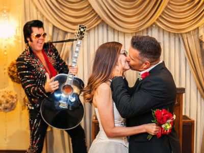 cheap Las Vegas Elvis wedding