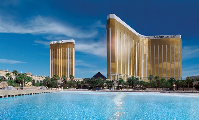 Mandalay bay hotel las vegas review for Cheap hotels near las vegas motor speedway
