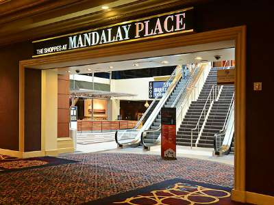 mandalay-bay-shopping