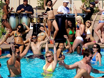 Radius Poolclub at Stratosphere hotel & Casino