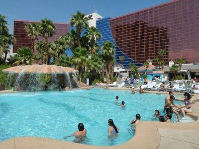 rio-las-vegas-pool