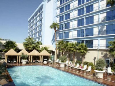 Las Vegas Hotels Without Resort Fees 2019-2020