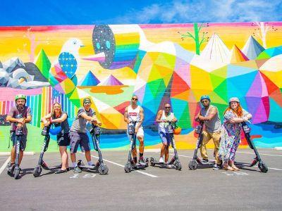 Street-Art-Instagram-Tour-on-E-Scooter