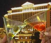 Vegas at night - Caesar's palace and 2 glasses of champagne