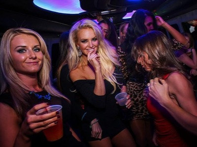 Rock Star Nightclub Tour in a Las Vegas Party Bus
