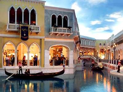 Shopping at the Venetian Hotel Las Vegas