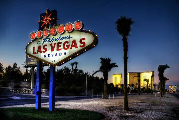 Fun free things to do in las vegas in 2018 for Cheap hotels near las vegas motor speedway