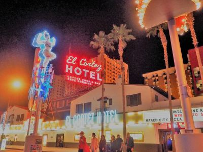 Dazzling-Twilight-Tour-Downtown-Las-Vegas