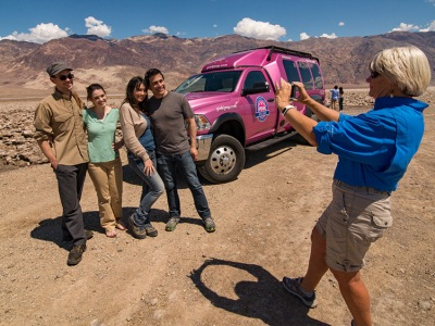 death-valley-pink-jeeps-tour