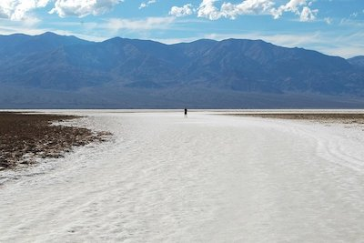 death-valley-van-tour-from-las-vegas