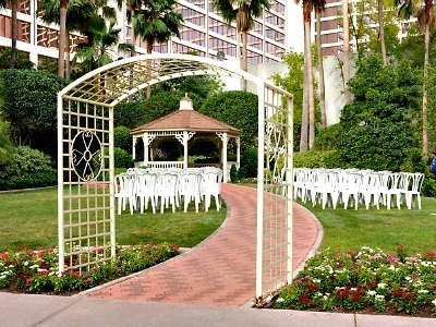 Weddings at the Flamingo Hotel in Las Vegas
