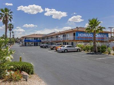 howard-johnson-tropicana-las-vegas