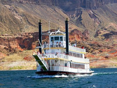 Lake MEad and Hoover Dam cruise