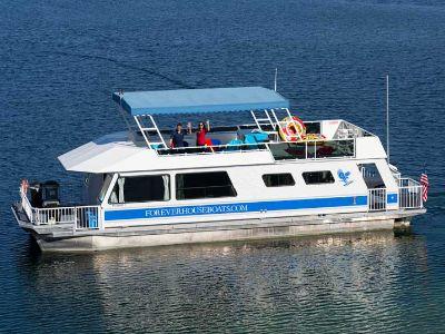 Houseboat on Lake Mead