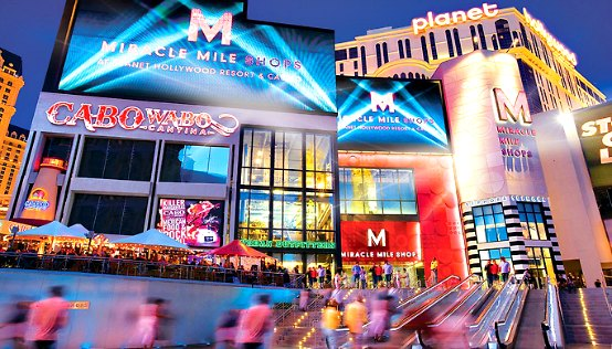 Nathan Burton Comedy Magic show in Las Vegas