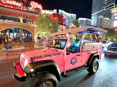Las Vegas Sightseeing Tour by Pink Jeeps