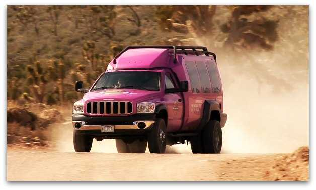 Pink Jeep in Las Vegas going to Grand Canyon