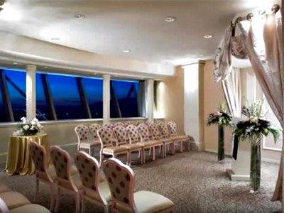 Weddings in Stratosphere Hotel in Las Vegas